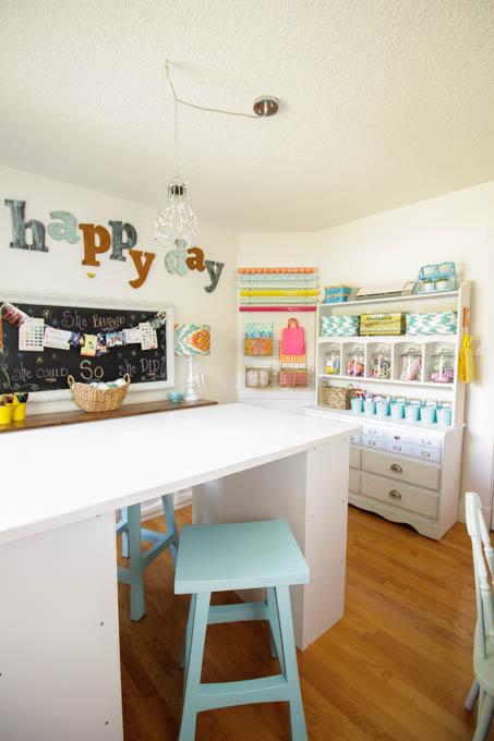 Bright Cheery Craft Room Via The Happy Housie