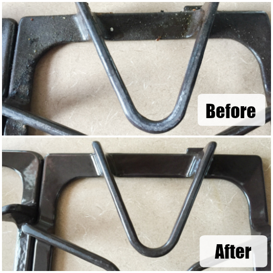 This simple trick for cleaning gas oven stove top grates is awesome! I barely had to scrub. #cleaningtip #glasstovetop