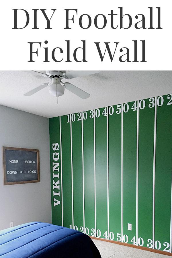 I LOVE the idea of a DIY Football Field Wall feature for a boy's bedroom or a man-cave! #footballfieldwall #boybedroomidea #mancave