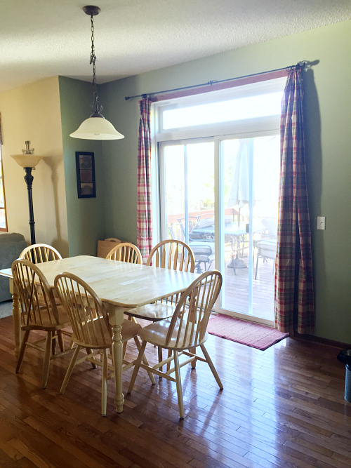 This dining room makeover is incredible! I cannot believe everything that was done with less than $100!