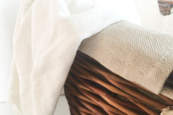 Cleaning Tip Tuesday Easy Trick To De Wrinkle Clothes
