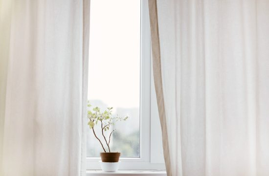 $100 Room Makeover: Shopping for Budget Friendly Curtains