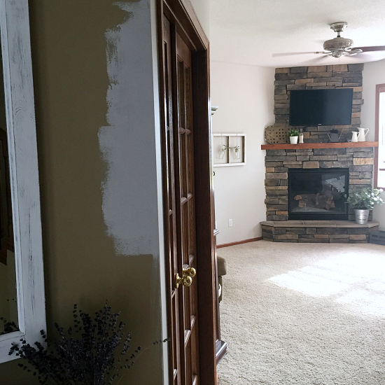 I cannot believe this entry makeover was done for less than $100. Amazing!