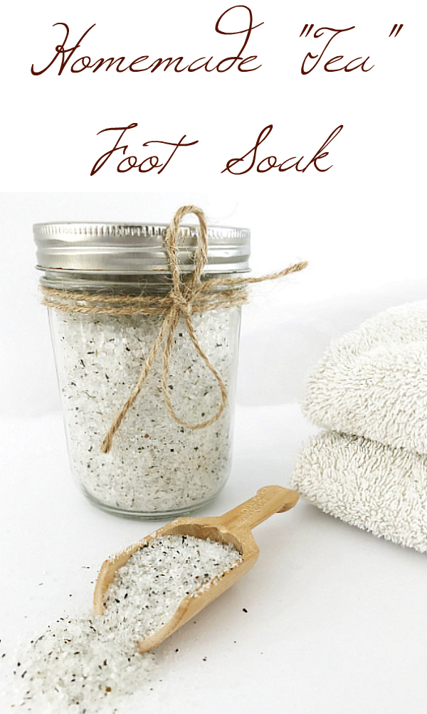 This foot soak smells incredible! Love the addition of tea to the mix. #footsoak #giftidea #essentialoils