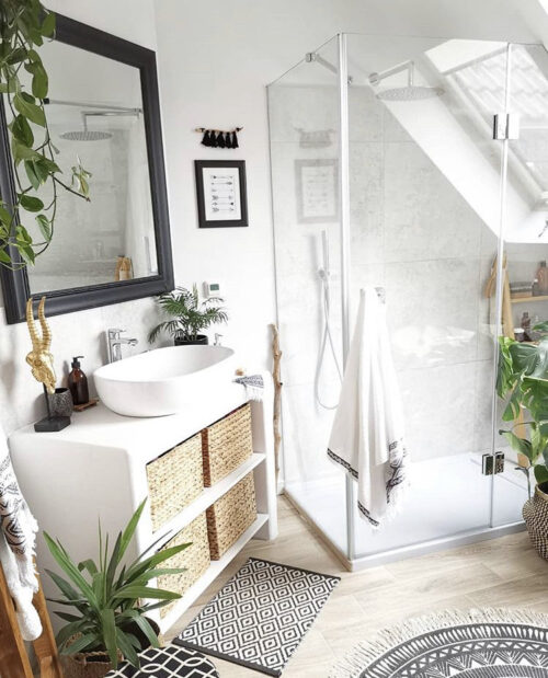 Boho Bathroom Inspiration from emilia_boho_home