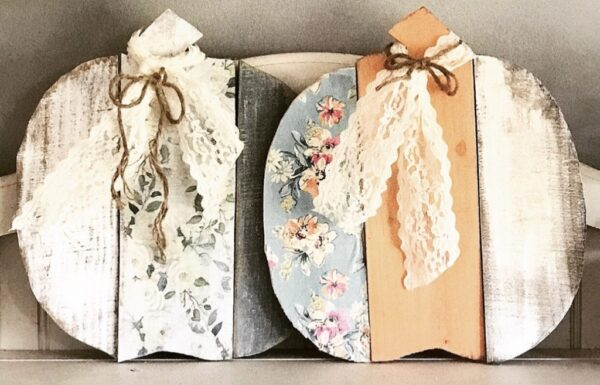 Shabby Chic Pumpkins made with wood and napkins via Faux Your Eyes Onlyur